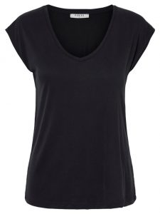 Pieces kamala tee black modal €19,99